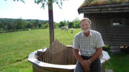 Odd Arild Svaland ved badestampen