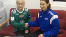 Amalie Snøløs signerer for Amazon Grimstad FK